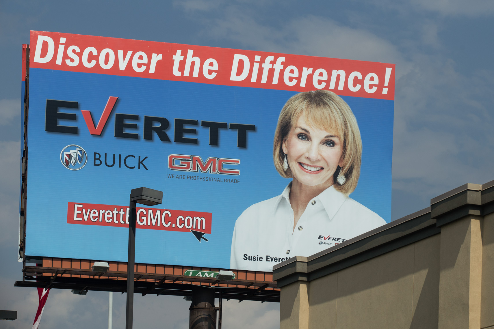 Susie Everett Dealership  Headshot and campaign